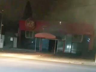 Pizzaria Fornalha, atingida pelo fogo. Foto: Busão FRG